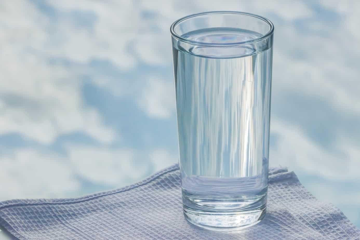 glass-2875091_1920